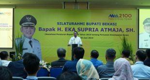 Bupati Bekasi Eka Supria Atmaja kunjungan kerja ke Kawasan Industri MM2100, Selasa (26/6). FOTO: Istimewa/ Humas pemkab Bekasi.