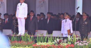 Sambutan Bupati Bekasi Eka Supria Atmaja saat pimpin Upacara HUT Kemerdekaan RI-74 di Plaza Pemkab Bekasi, Cikarang Pusat. FOTO: Istimewa/ Fakta Bekasi.